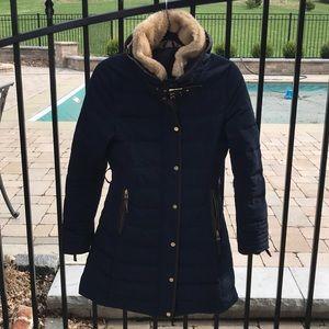 Zara Basic Navy Down Coat w/ Fur Collar